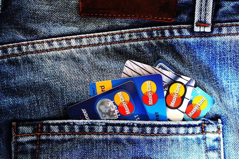 Como comprar livros sem cartão de crédito na Amazon?
