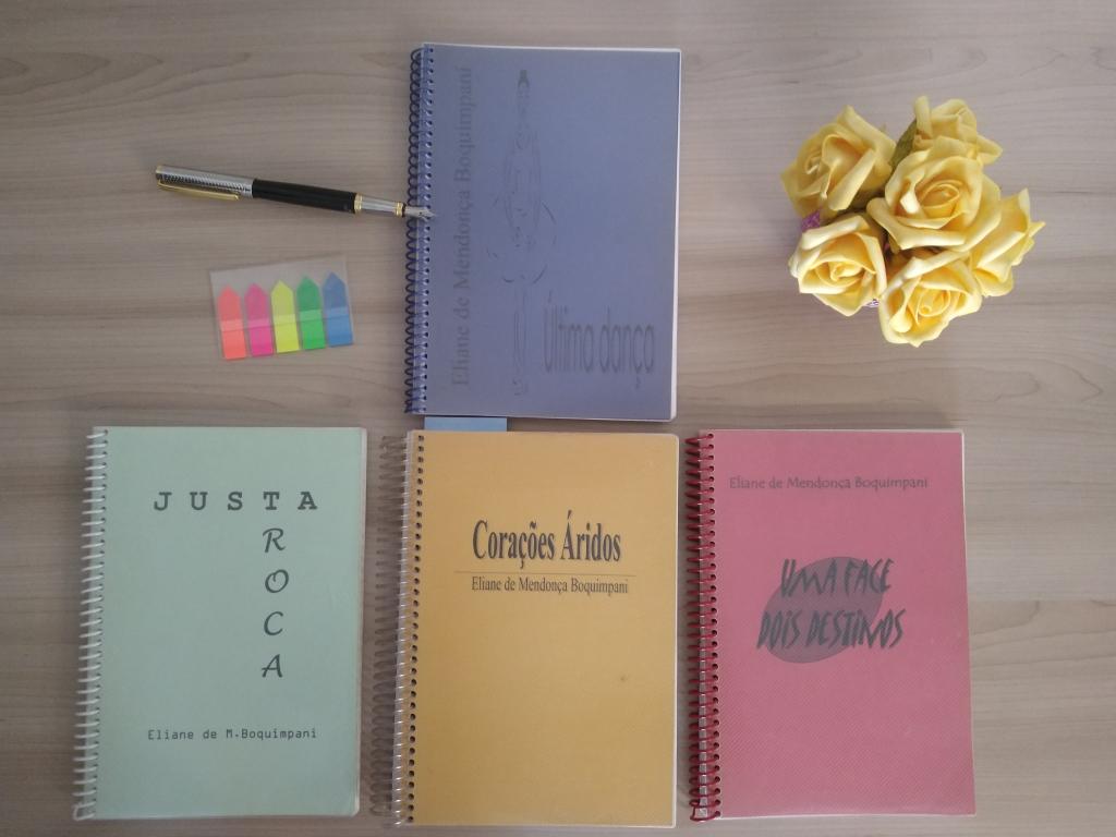 Livros de Romances produção caseira Autora Li Mendi